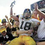 99 days until kickoff at Kinnick!! Iowa City, are you ready?! #Hawkeyes #fbf https://t.co/Up9H4ILgqd