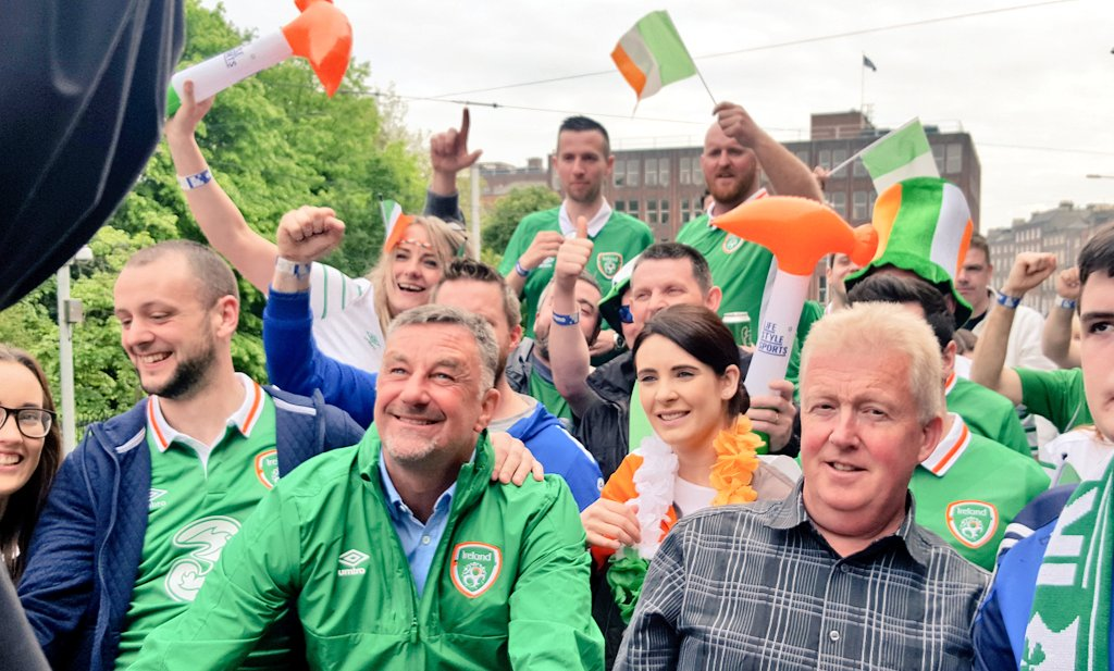 The craic is '90! On the road on the Ultimate Fan Experience Open Top Bus! #FootbALLorNothing #COYBIG https://t.co/GJZ76vZgLB
