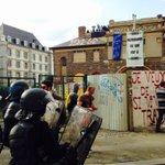 La salle de la cité à nouveau occupée ! #maisondupeuple #rennes #LoiTravail https://t.co/yE8NbkPwuh
