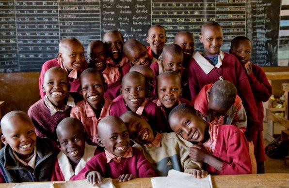 RT @FoodRev: Children get nutritious food & also an education - @WFP in action in Kenya https://t.co/6xL3kCWba4  #foodrevolution https://t.…