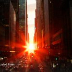 Watch Manhattanhenge this Memorial Day weekend https://t.co/Fz5nEWWO1g https://t.co/HPyUnPVosm