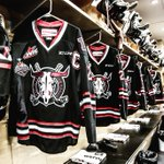 Were ready #RedDeer, are you? Loud & Proud crowd tonight. Lets do it! #LetsGoRebels! #MCMemorialCup https://t.co/nxAs2vekbK