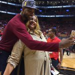 A selfie with mom! @RealTristan13 https://t.co/umynnKR0Kq