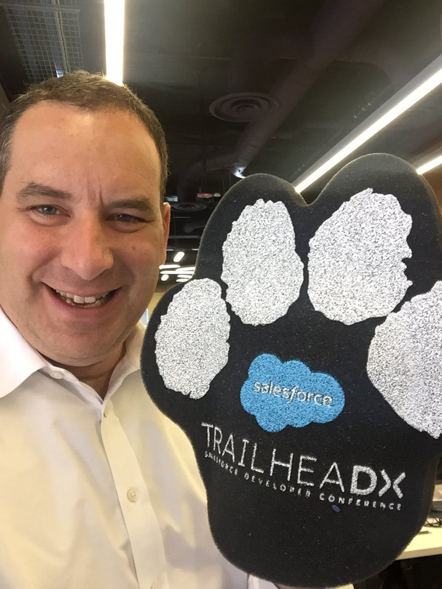 Amazes me that we will have >100 viewing parties around the world for #TrailheaDX. Love this community! https://t.co/JeMxmYWn3Z