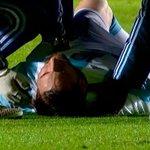 Ver a Messi tendido en el campo y que se te pare el corazón. https://t.co/C1guXJBBjQ