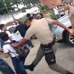 """PM de SP """"faz escola"""" em Recife: policiais recebem crianças com violência https://t.co/YrO4wUaMhk >>> @rpires76 https://t.co/LTqiuKH0lN"""