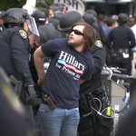 Police clashed with protesters outside a rally for Donald Trump in San Diego https://t.co/pLUne6bF23 https://t.co/3WwZ8jTjMf