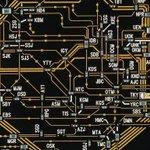 大阪府吹田市の基板設計製造会社〈電子技販〉から、東京の路線図を基板で描写したICカードケース〈FLASH 東京回路線図 ICカードケース〉が発売されました。改札にかざすと光ります!https://t.co/qqltLJabin https://t.co/EuRRvIY7Ju