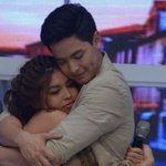 My paradise isnt on the beach, its in his arms.???? @mainedcm @aldenrichards02 POWER DOTDOT ADN #ALDUBSepAnx https://t.co/rGWpmepPIQ