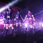 #JKT48MahagitaHS Mini Concert. M1. Larilah Penguin (Team T) https://t.co/CBLtLSZwxL