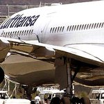 Lufthansa y Latam no volarán a Caracas https://t.co/2W4d1Hj3hM https://t.co/DgPvlacKhQ