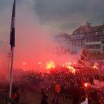 Incroyable ambiance Place Broglie pour la remontée du @RCSA_Officiel en Ligue 2 https://t.co/IFORn9KfJF