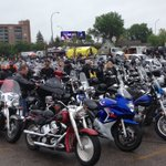 Hundreds of hogs are revved and ready for this years @RideForDadMB in the @EarlsPoloPark parking lot! #MRFD https://t.co/GdnIsHubch