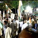 Delhi: Congress hold Mashal Juloos protest against AAP Govt, Congress VP Rahul Gandhi also present https://t.co/S2hSD9Rtcn