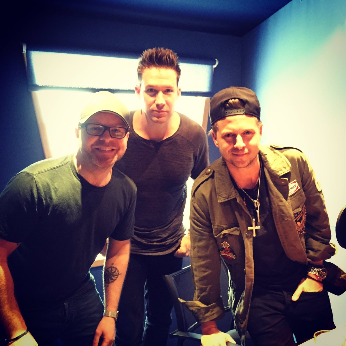 Hey @OneRepublic great to meet you yesterday!! Interview coming soon on @VirginRadioUK https://t.co/pb55C0Nx8z