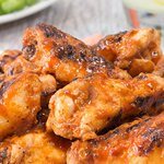 Grill up these healthy hot wings for #MemorialDay weekend! https://t.co/OX3Osuv81m via @greatideas https://t.co/lx15ixYUkL