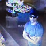Please RT: He robbed the Congo River Golf on I Drive. Call @CrimelineFL with tips! 1-800-423-TIPS https://t.co/Uik6sboy3F