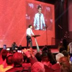 Prime Minister Trudeau: begin and end every day serving Canadians. #wpg2016 #LPC16 https://t.co/p9rkz6yZIE