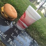 RT @700espn: Someone left cheeseburger for their Dad. How do you honor or remember loved ones? #MemorialDayWeekend https://t.co/bWyguzKO1q
