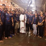 .@BengalWarriors Pro Kabaddi team met Gurudev @SriSri at @BangaloreAshram today! https://t.co/k6VJi3FVuZ