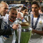 #BolanetFact Zidane sukses Juara Liga Champions sebagai pemain, Asisten pelatih dan Manajer Real Madrid. LEGEND! https://t.co/3Jh16agI2l