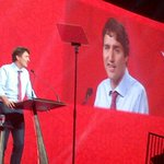 PM @JustinTrudeau electrifies huge crowd at LPC Convention in Wpg—offers classy acknowledgement of Mr Harper+family https://t.co/X1IxOtFUZD