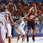 Fim de jogo! @Flamengo 89x84 @BauruBasket! Os rubro-negros abrem 2 a 1 nas Finais do NBB CAIXA! #jogajunto https://t.co/3zZrn0nlB2