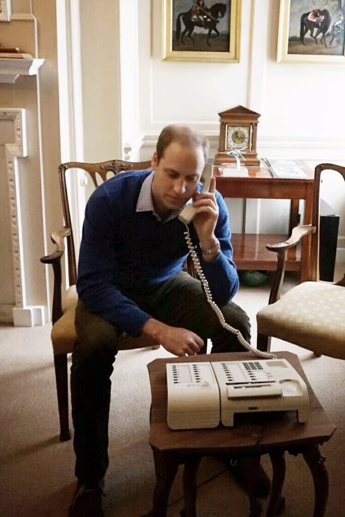 Hi is that eBay?  I'm trying to sell two tkts for the Royal Variety - they're good seats #BGTFinal https://t.co/vNMrer6Lu6