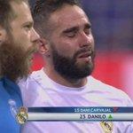 Carvajal não tava chorando pq se machucou e sim pq o Danilo que ia entrar https://t.co/F10pCchIgH