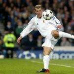 Zidane entra para a galeria dos campeões como jogador e técnico. https://t.co/A3yPB2FFZD