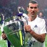 Como jugador. Como auxiliar. Y como DT.   Es un ganador absoluto. Una leyenda del fútbol. https://t.co/QLmnImmdt2