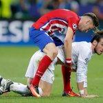 ¿Bale se fue renguendo? https://t.co/tmuGvQJKiB