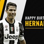 Buon compleanno @hernanes! ⚪️⚫️ https://t.co/VOKgvf8QSo