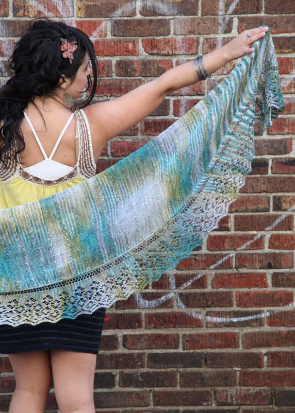 "Pattern SALE! Get my Westport Shawl for just $4.00 today w/code, ""Instagram"". https://t.co/lynXLp3fVO https://t.co/js5jJaPvwz"