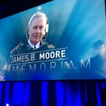 Lovely gesture to honour my father at @CPC_HQ convention. Thank you @RonaAmbrose #cpc16 https://t.co/Ru5nHJS3RE