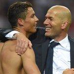 """Ronaldo : """"Zidane a réalisé un travail phénoménal et il le mérite. Cest un gentleman avec beaucoup dhumilité."""" https://t.co/y7CDlK2vnW"""