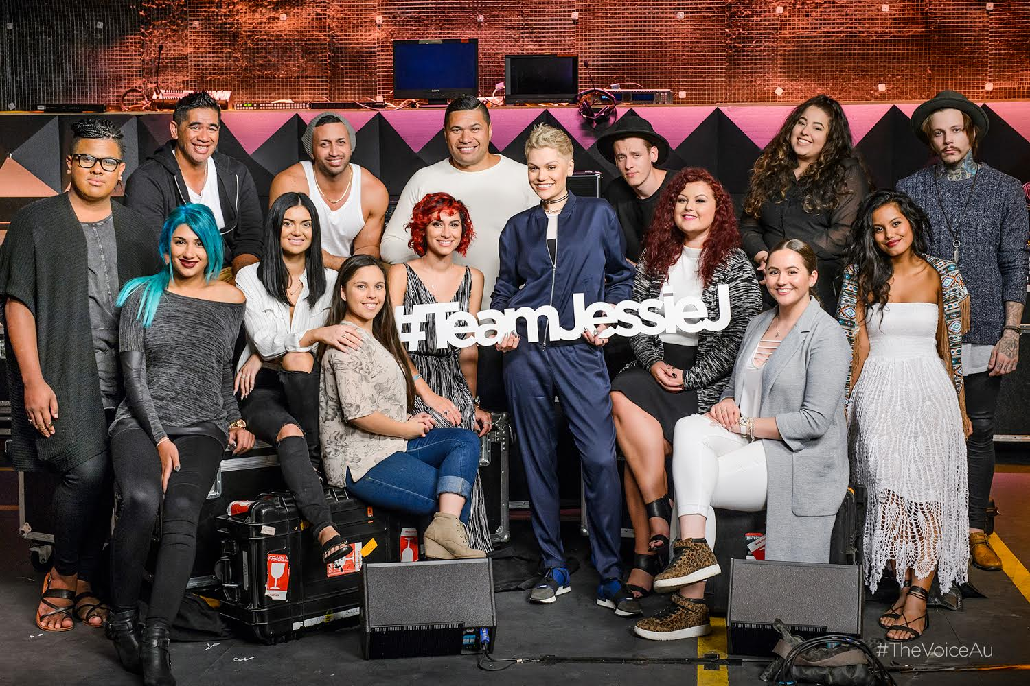 Here's #TeamJessieJ for #TheVoiceAu. So proud of each and every one!  Battles kick off TONIGHT! https://t.co/jc9SP4IpWU