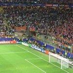 [#LDC] Juanfran présente ses excuses aux fans de l'Atlético pour son penalty raté. Il reçoit une ovation ! ???????????? https://t.co/7K92hJXs6C