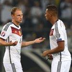 Wenn du für Deutschland Titel gewinnen willst, brauchst du Nachbarn wie ihn. #Abwehr #🏆⚽️🇩🇪 https://t.co/hXzsI5aCq2