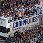 Bain de foule pour le Real Madrid après sa victoire finale en Ligue des Champions ! https://t.co/ECbAEbbnxT