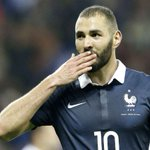 """Benzema: """"Je suivrai lEuro comme un supporter. Je souhaite à la France de gagner lEuro."""" (Le Parisien) https://t.co/g4MK1Syb8Z"""