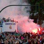 [#LDC] Le bus du Real dans les rues de Madrid https://t.co/v6FOfFVOB5