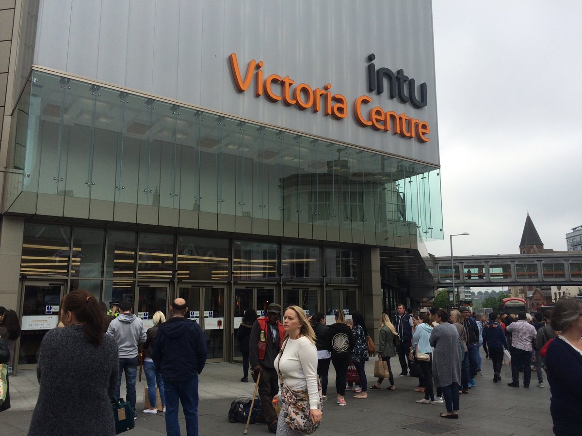 BREAKING: Police have confirmed a suspicious package has been found at the Victoria Centre, which has been evacuated https://t.co/RjoNbJJ74c