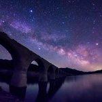 その朽ちた鉄道橋は、天の川の果てまで続いているようでした。 (今朝未明、北海道上士幌町タウシュベツ川橋梁にて撮影) https://t.co/asJd7f4sa1
