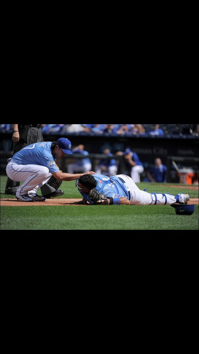 Thank god the MRI looked good and I hope to be back in a few days. Thank you for all your concern #royals #fans https://t.co/WtbRA1X8JY