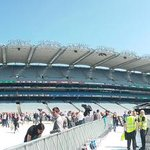 GLORY DAYS! The sun is shining & were ready for day 2 of #TheRiverTourDublin with @springsteen & The E Street Band https://t.co/inAMa43fWe