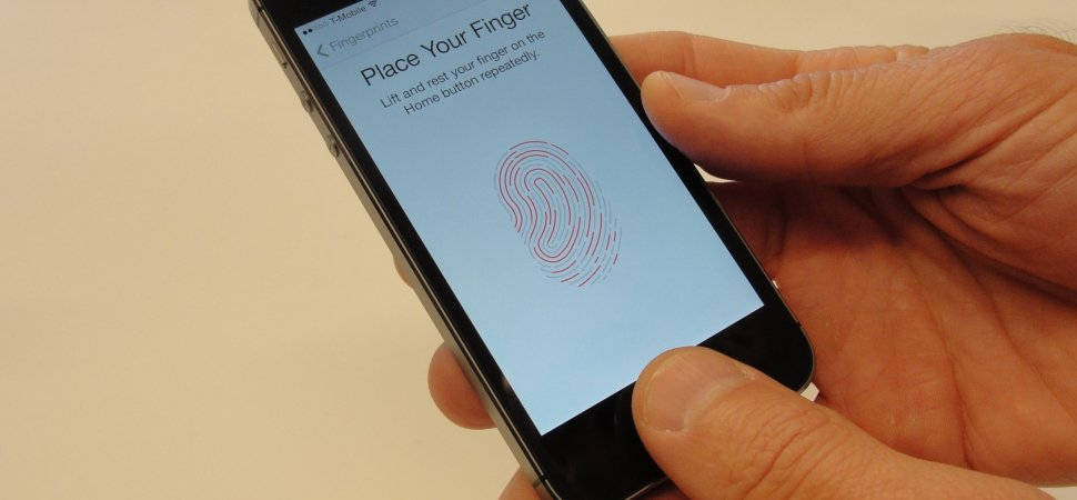 Here's Why Lawyers Suggest You Stop Using Your Finger to Unlock Your Phone. https://t.co/q42XKL5Pg1 via @Inc https://t.co/tRYiRYAlBP