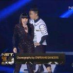 "Next song! @JessieJ perform ""Domino"" #IndonesiaLebihKece #JESSIEJonNET3 https://t.co/YnAzA5qu7V"