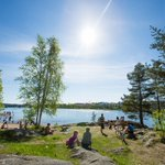 It is +25°C today & the beach is full! Amazing summer on the #ArcticCircle #Rovaniemi #Lapland #Finland https://t.co/g9KjvAjSAw