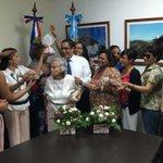 Celebrando junto a las MADRES DOMINICANAS residentes en Guatemala este Gran día. #FelizDiaDeLasMadres @MaiGonell https://t.co/1jnJLKFl84